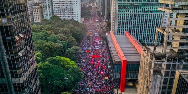 Novos atos são marcados para o dia 19 contra a reforma administrativa; Greve geral do funcionalismo público também já está em construção